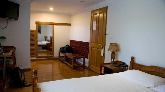 thurizza-hotel